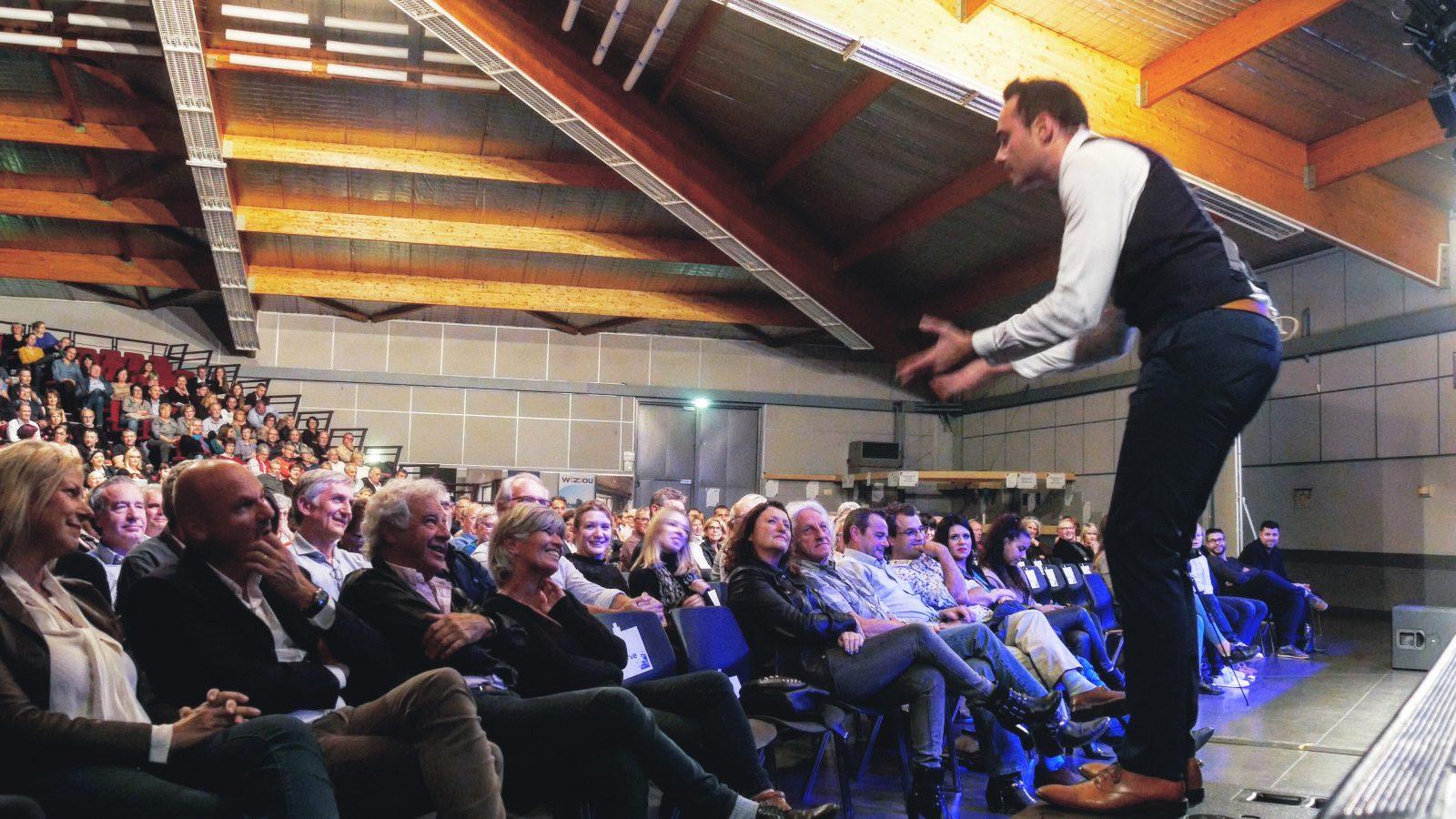 Salle du prisme avec Mickael Bièche dans Sans cérémonie